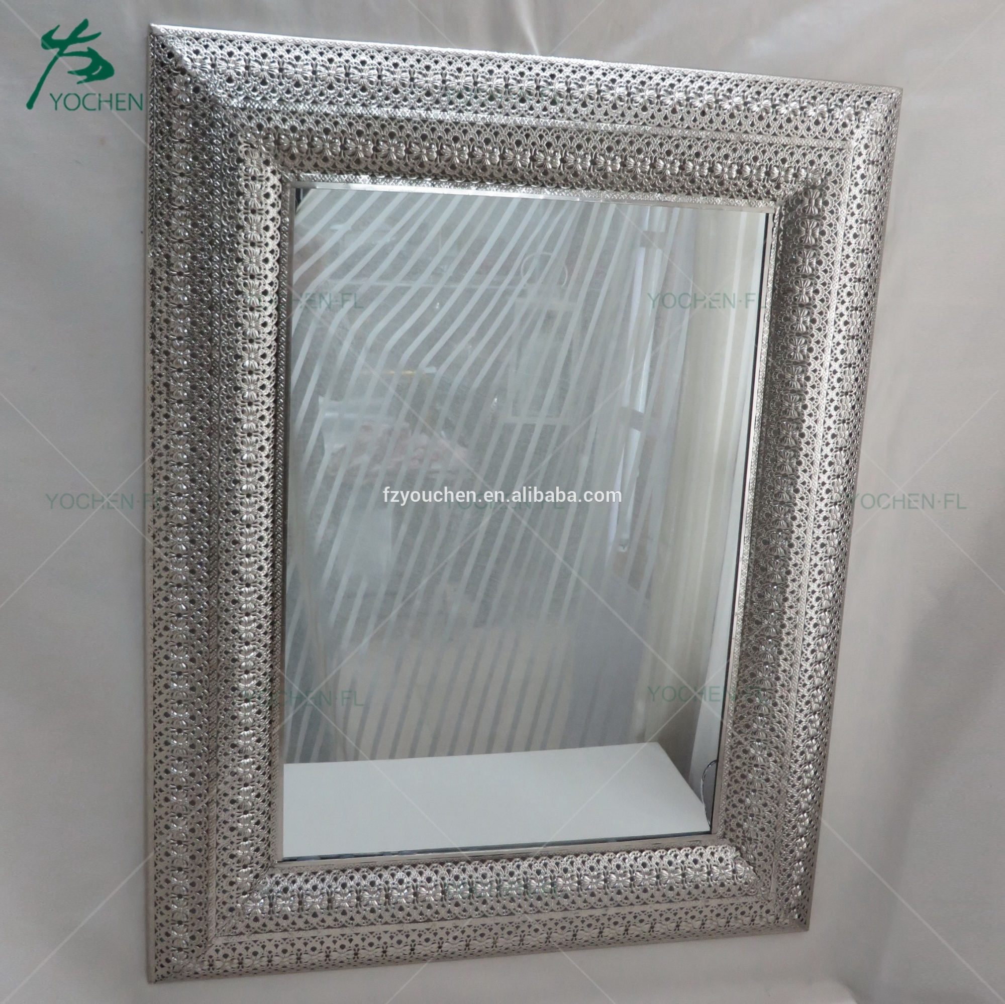 wall mirrors decorative hammer metal mirror for sale